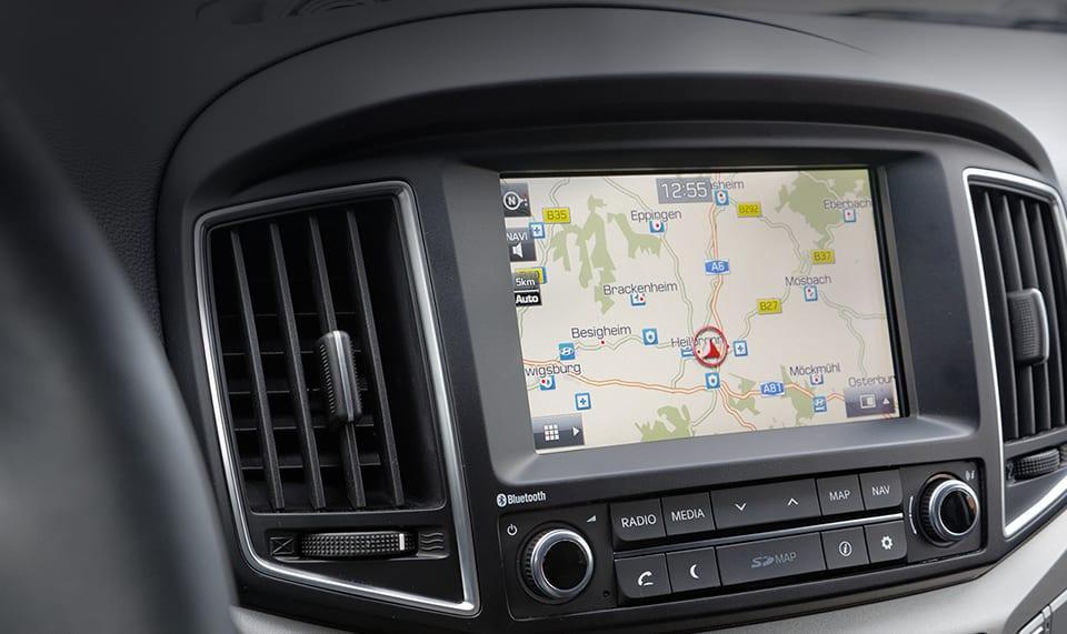 Radio-Navigationssystem und Rückfahrkamera