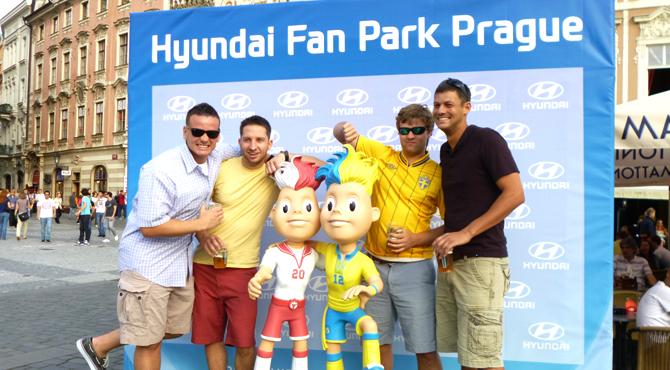 Fans with mascots Slavek & Slavko at Hyundai Fan Park Prague
