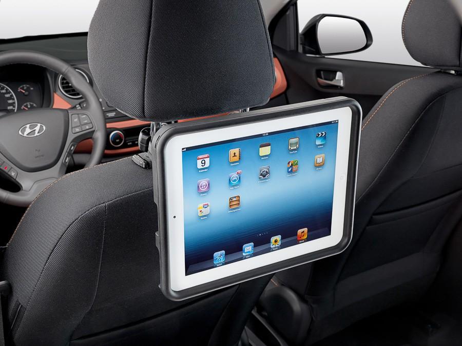 24 KONA (2018)  Стойка за iPad, задна седалка